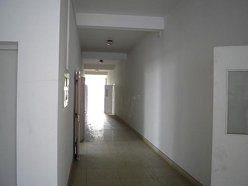 沪太支路(近汶水路)1000平方米/层,共4层标准厂房出租/可分割