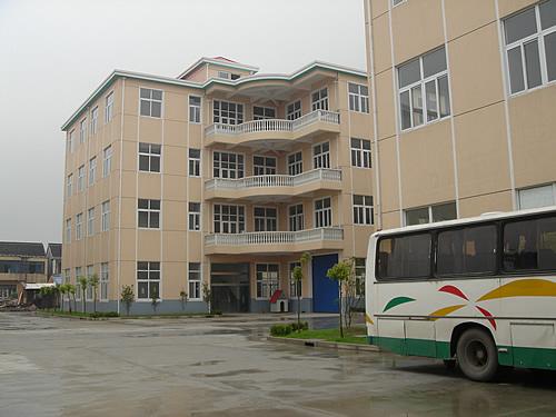 上海宝山经济发展区长川路适合各行业标准厂房出租