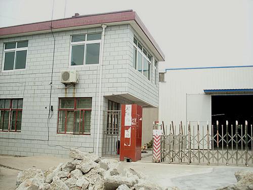 宝山区罗南镇沪太路边870平方米单层厂房出租