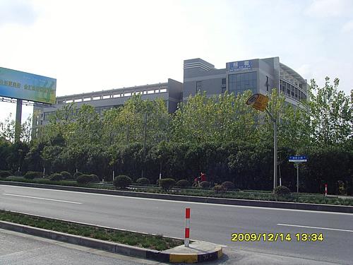奉贤区沪杭公路马家宅路(西渡工业园区内)2106平方米单层厂房出租
