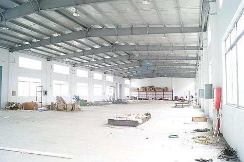 奉贤区四团镇海衡路4000平方米单层双层厂房出租/单层可装10吨行车