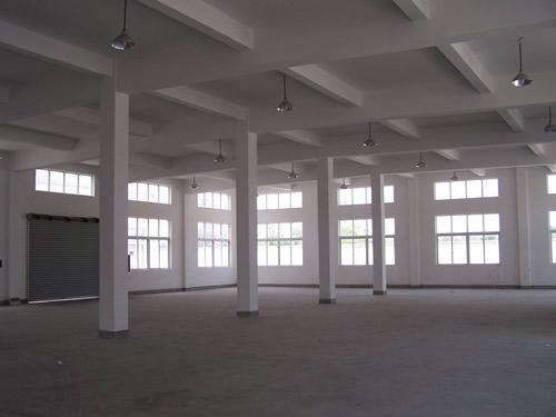 嘉定曹安路公路4500平方米独门独院可分割新建单层厂房出租