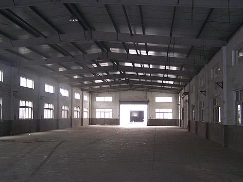 单层厂房内景-嘉定工业区沥红路近城北路1.7万平方米可分割单层厂房出租