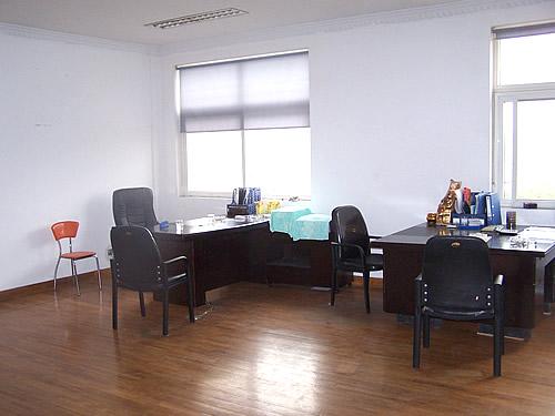 办公楼--嘉定工业区沥红路近城北路1.7万平方米可分割单层厂房出租