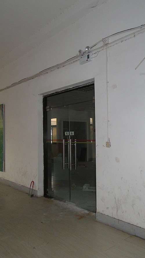 闵行区莘朱路近A20及莘庄地铁760平方米2楼小厂房出租