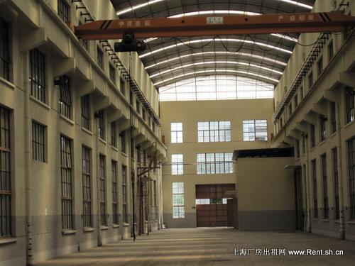 闵行区莘庄莘北路1.5万平方米重工汽车制造类标准厂房出租图片