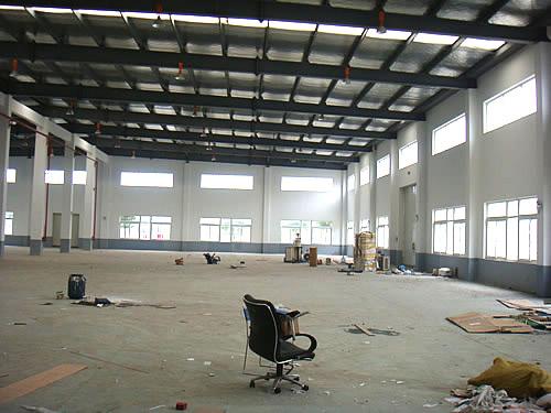 浦东南汇祝桥空港工业园区2300平方米单层标准厂房出租图片