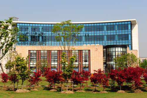 上海樽轩城市工业园40000平方米厂房、办公楼、酒店租售