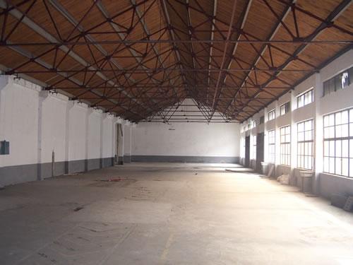 青浦区北青公路独门独院5500平方米单层厂房出租|可分割